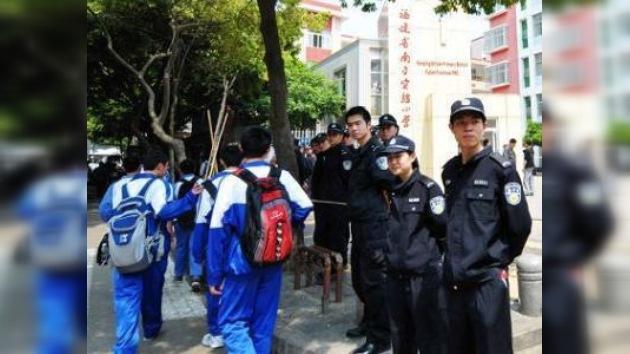 Mueren ocho niños apuñalados en una escuela primaria en China