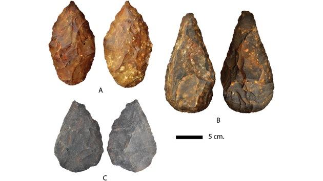 Hallan en Sudáfrica artefactos de piedra de un millón de años de antigüedad