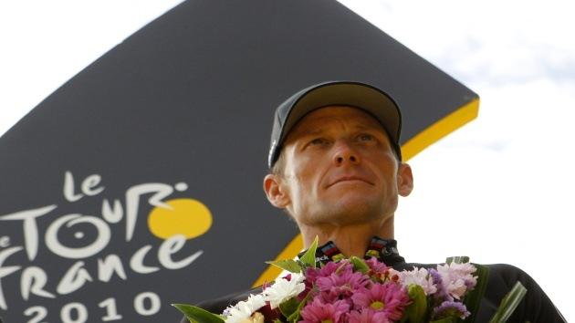 Retiran los títulos del Tour de Francia al ciclista Lance Armstrong