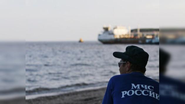 Desprenden la nave Bulgaria del fondo del río Volga y la izan unos metros
