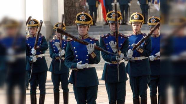El primer desfile de este año de los guardias del Kremlin