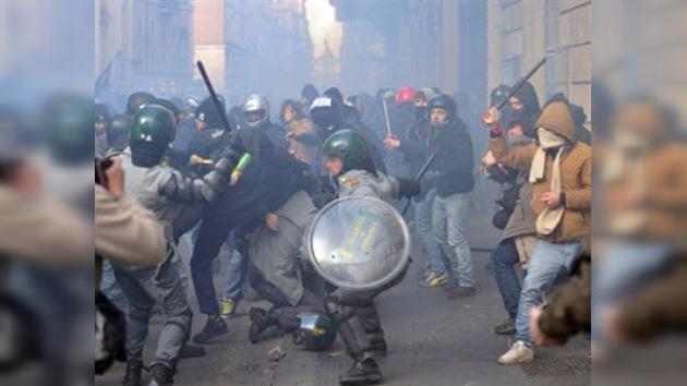 Violentos disturbios en Roma dejan al menos 100 heridos