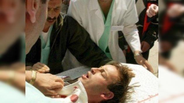 Muere un reportero francés al ser alcanzado por granadas de los opositores de Assad
