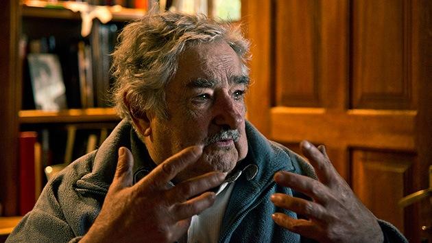 """Mujica defiende la legalización de la marihuana para frenar el narcotráfico """"feroz"""""""