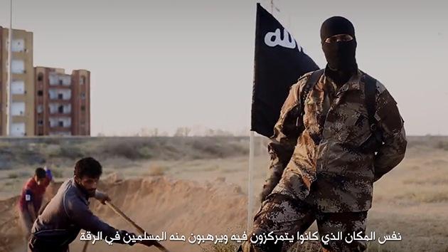 Video del Estado Islámico muestra a supuesto yihadista norteamericano matando a sirios