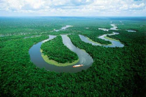 Las cataratas del Iguazú y el río Amazonas: dos de las nuevas siete maravillas del mundo
