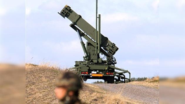 EE.UU. y Polonia firman el acuerdo que permitirá instalar misiles Patriot