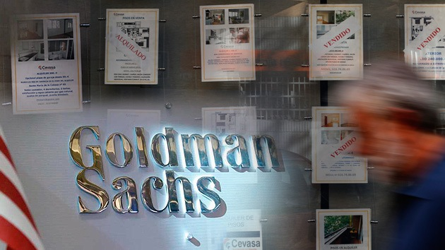 Goldman Sachs atemoriza a familias españolas humildes aumentándoles la renta