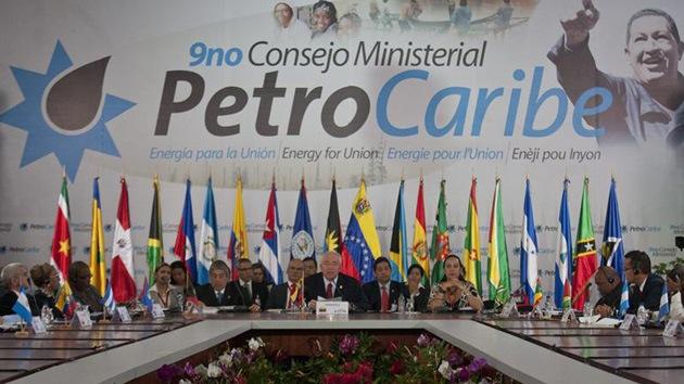 Venezuela creará una zona económica regional mediante Petrocaribe