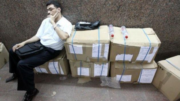 Egipto vota con un ojo puesto en el pasado