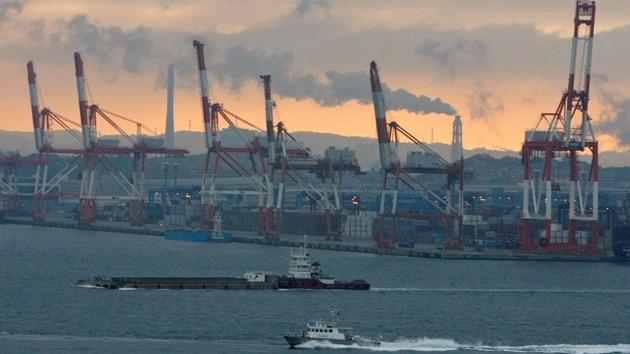 Un buque de carga panameño se hunde tras chocar con otro surcoreano cerca de Japón