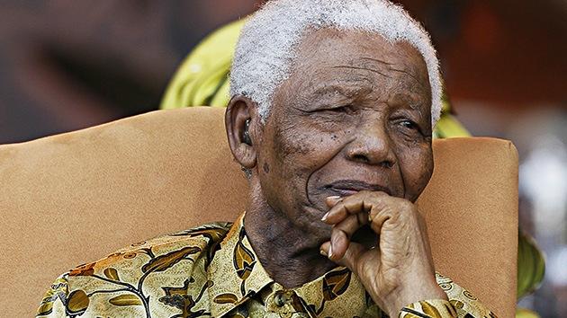 Nelson Mandela, en estado crítico