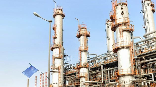 Irán responde a las sanciones de Occidente: Abrirá la mayor refinería del mundo