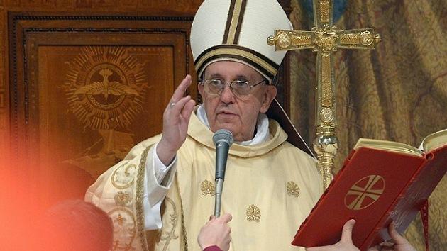 El Vaticano niega que el papa Francisco estuviera vinculado a la dictadura argentina
