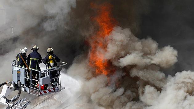 EE.UU.: Una explosión en un edificio de apartamentos deja múltiples heridos