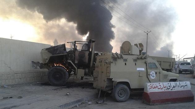 Fotos: Tanques y armas suministradas a Irak por EE.UU. caen en manos de rebeldes iraquíes