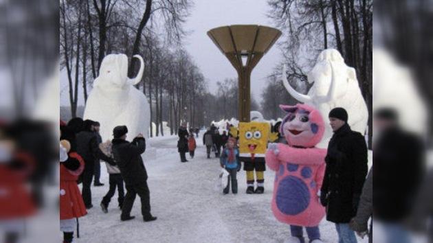 Moscú celebra su tradicional Festival de Nieve y de Hielo