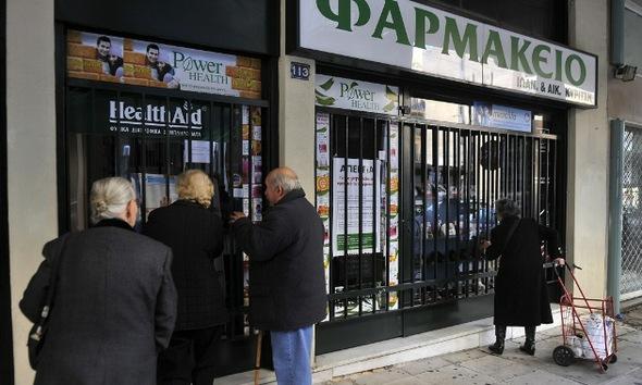 Reina el pánico en las farmacias griegas por la escasez de medicamentos
