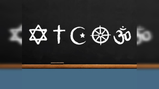 Latinos conocen poco de su religión y de otras, según encuesta nacional