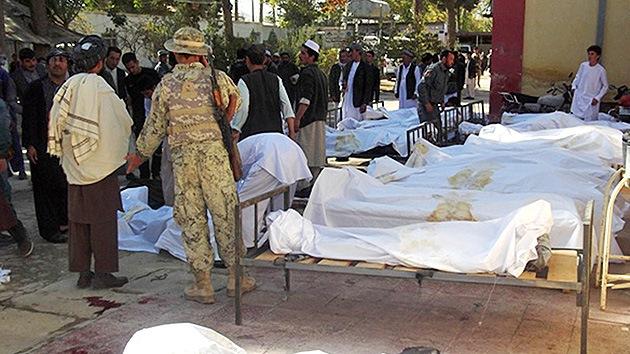 Un  ataque suicida deja decenas de muertos junto a mezquita en Afganistán