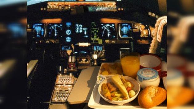 Café derramado en avión disparó alarma de secuestro