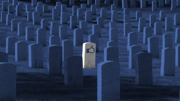 """Facebook """"murió y ya fue enterrado"""" por los adolescentes"""