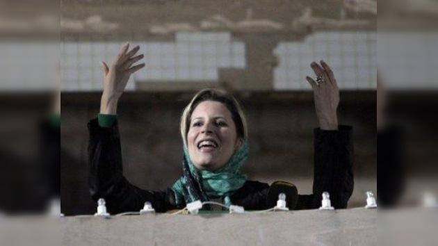 Aisha Gaddafi llama a los libios a derrocar al Consejo Nacional de Transición
