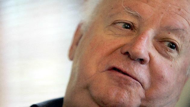 El escritor chileno Jorge Edwards confiesa que fue abusado por un cura