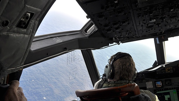 En busca del vuelo MH370: Confirman que las señales detectadas pertenecen a una caja negra