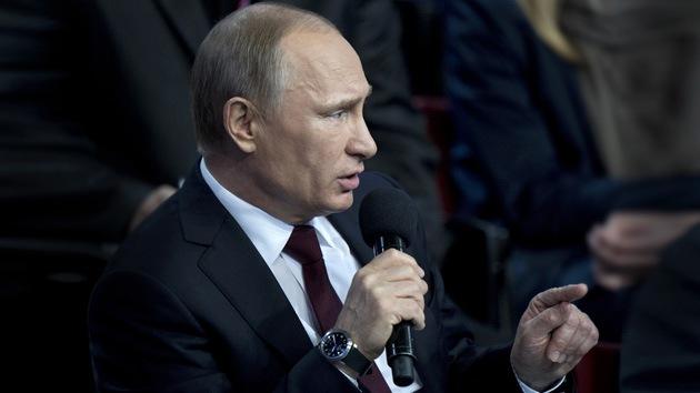 """Putin: """"El Internet surgió como un proyecto especial de la CIA"""""""