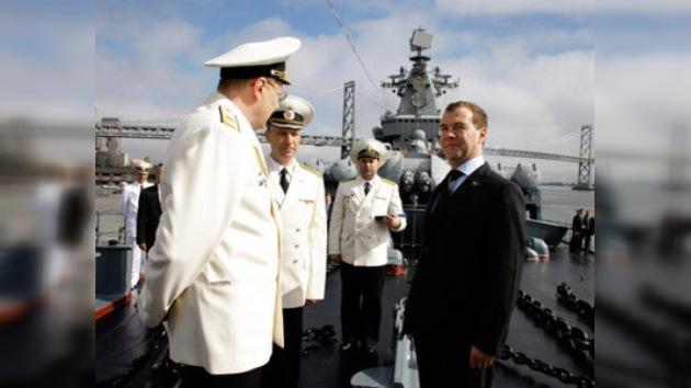 """El crucero ruso """"Variag"""" visita San Francisco"""