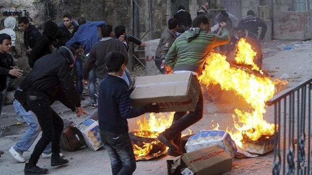 Enfrentamientos entre palestinos y policías israelíes en Cisjordania