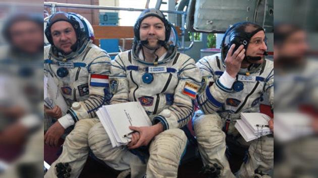 Los tripulantes de la futura misión de la Soyuz pasaron los exámenes con 'sobresaliente'