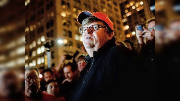 Graban la 'banda sonora' de Ocupa Wall Street con ayuda de Michael Moore