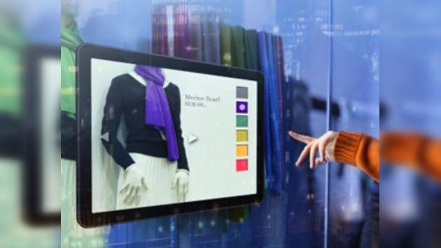Desarrollan pantallas táctiles para comprar en las tiendas 'sin tocar'