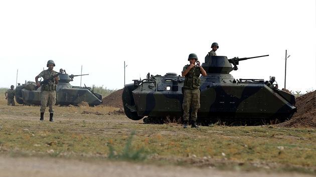 Turquía responde con fuego de artillería a un eventual obús sirio