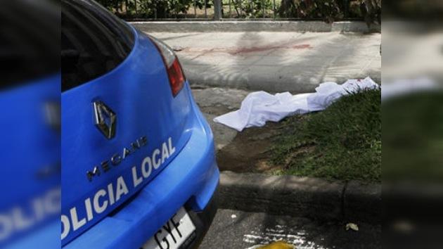Un indigente decapita a una mujer en una tienda de Tenerife