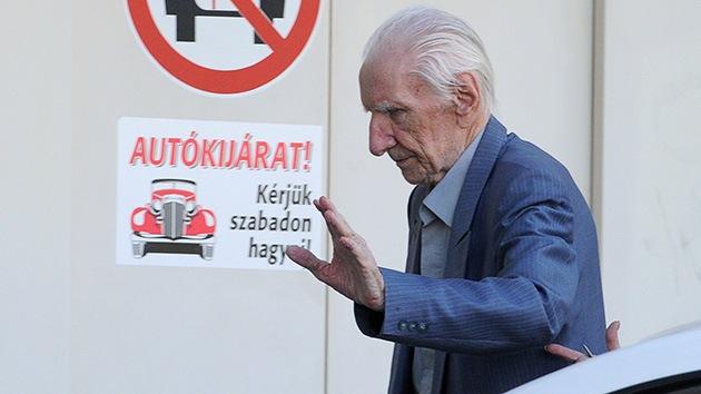 Presentan cargos oficiales contra el nazi más buscado del mundo