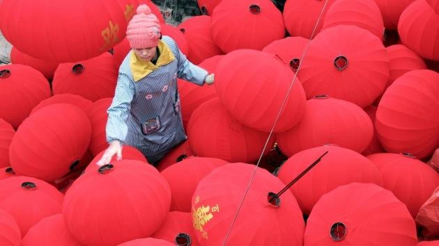 China celebra el festival de las linternas