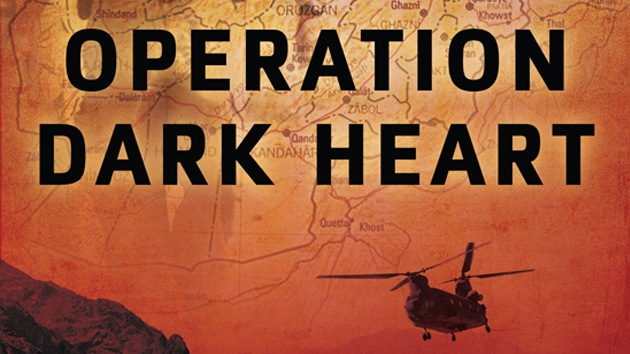 Luz verde para demandar al Pentágono por censurar un libro sobre Afganistán