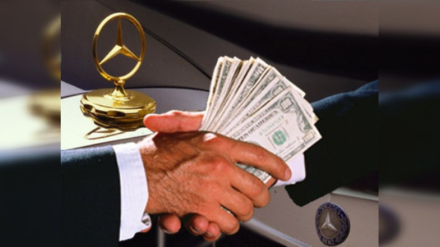 EE.UU.  demanda a Daimler por sobornos