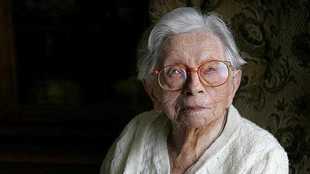 Hallan el secreto de la longevidad en la sangre de una anciana de 115 años