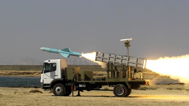 """Ali Jamenéi: Esperar que Irán reduzca su desarrollo de misiles es """"estúpido"""""""