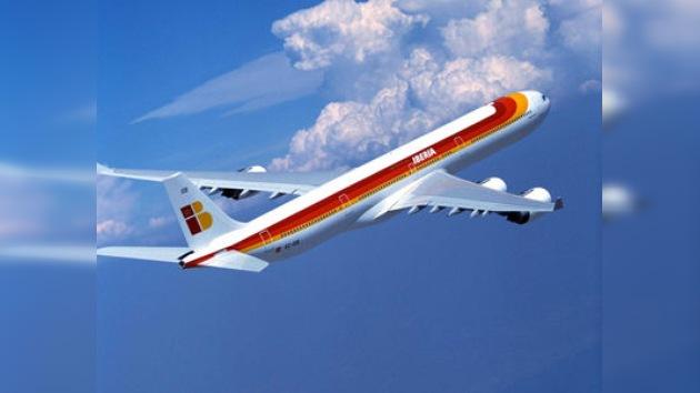 Se desnuda en pleno vuelo y obliga a un avión a regresar al aeropuerto de Barajas