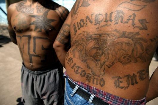 tatuajes putas drogas