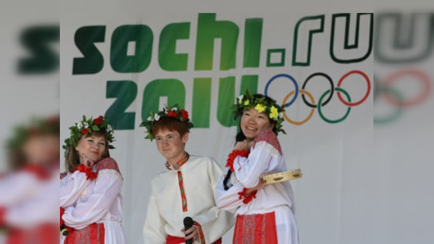 Rusia busca la mejor ceremonia para las olimpiadas de 2014 bajo la sombra del osito Misha