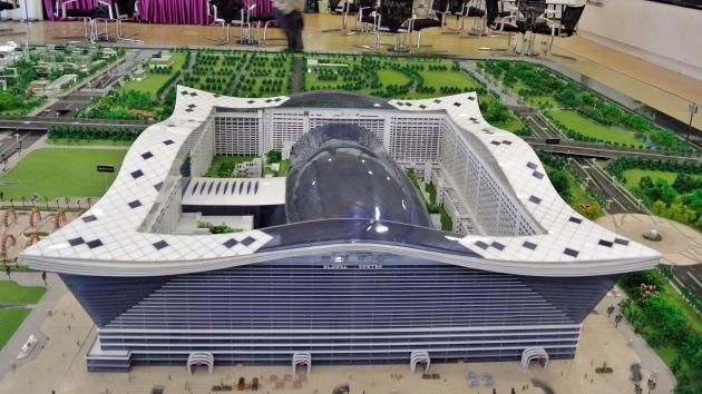 Video, fotos: China construye el edificio más grande del mundo con un Sol artificial