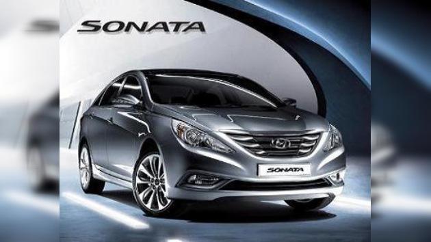 Una ola de revisiones arrastra a Hyundai