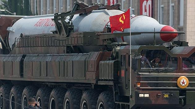 Corea del Norte dispara dos misiles balísticos de prueba hacia el mar
