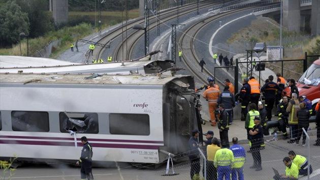El Gobierno español mezcla el accidente de Santiago con el terremoto de Gansu